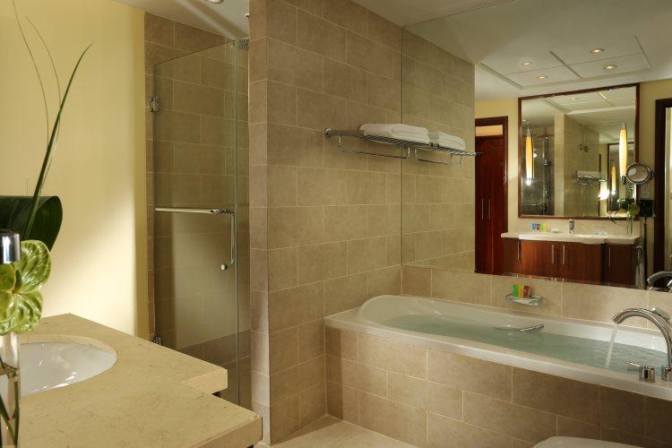 Ramada Downtown Dubaï - Salle de bains