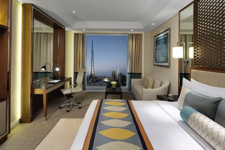 Chambre Club Luxe avec vue sur le Burj Khalifa