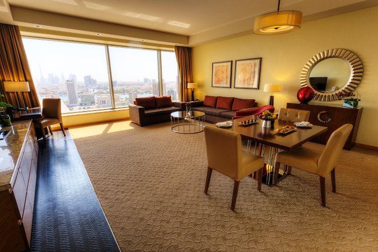 Al Ghurair Rayhaan - Suite - Salon