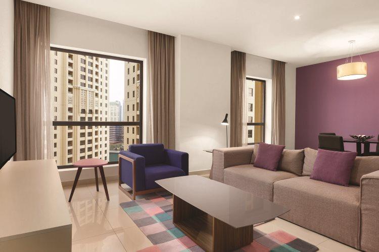 Hawthorn Suites by Wyndham Dubaï - Appartement 1 chambre vue Ville - Salon