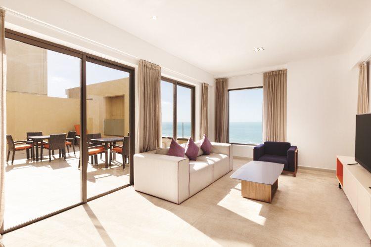 Hawthorn Suites by Wyndham Dubaï - Duplex - Salon