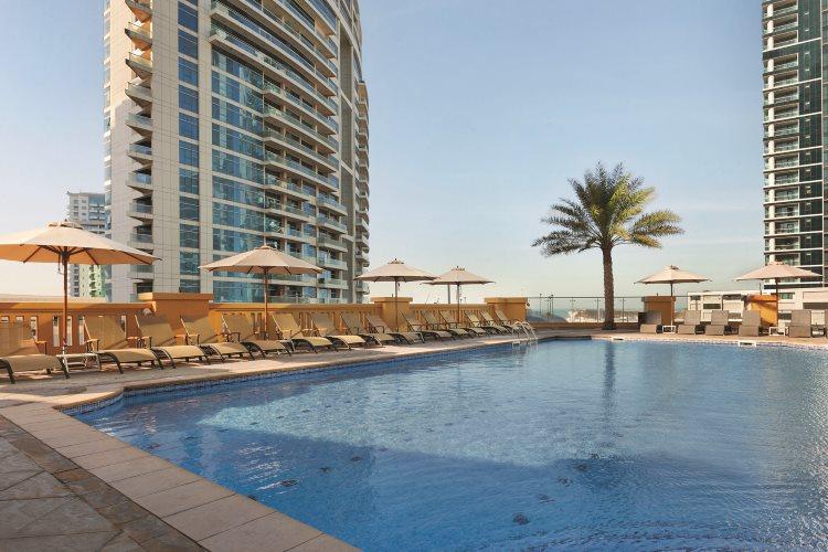 Hawthorn Suites by Wyndham Dubaï - Piscine
