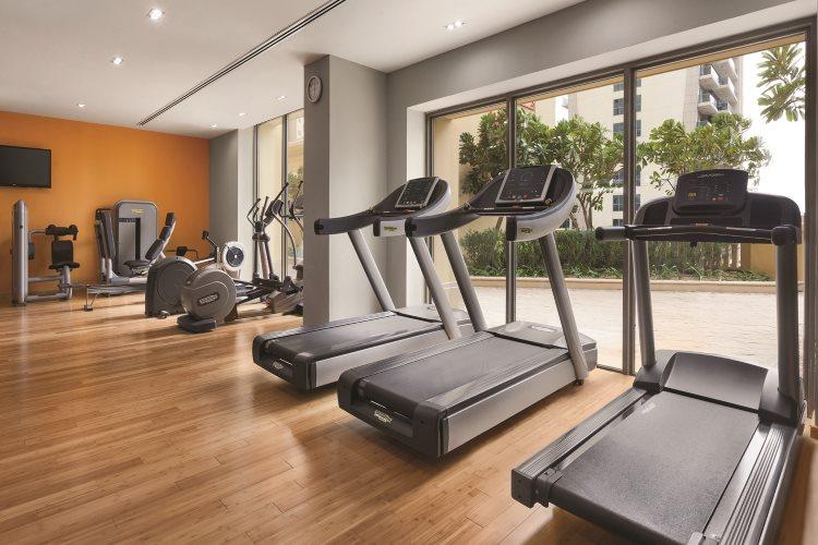 Hawthorn Suites by Wyndham Dubaï - Salle de fitness