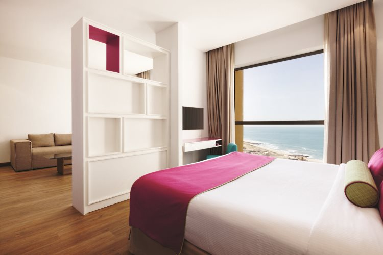 Hawthorn Suites by Wyndham Dubaï - Chambre Deluxe King vue mer