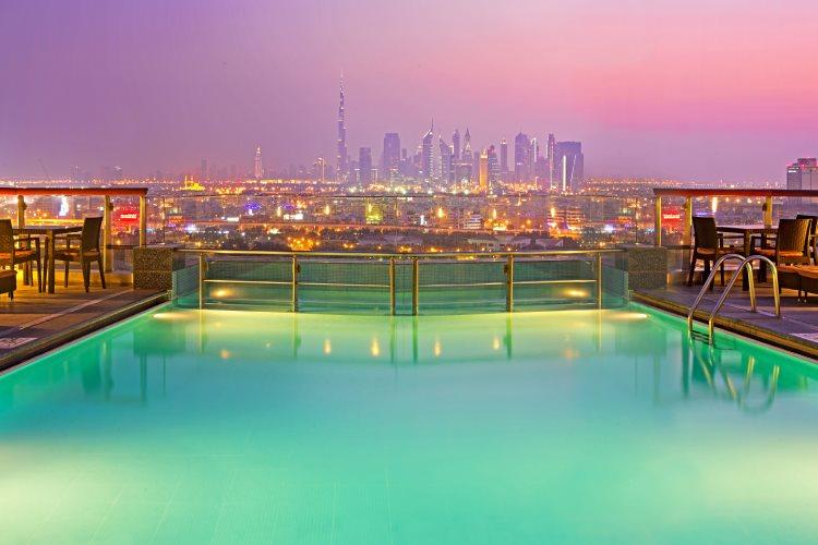 Hilton Dubaï Creek - Piscine