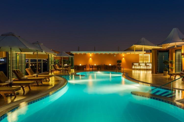 Four Points by Sheraton Downtown Dubaï - Piscine