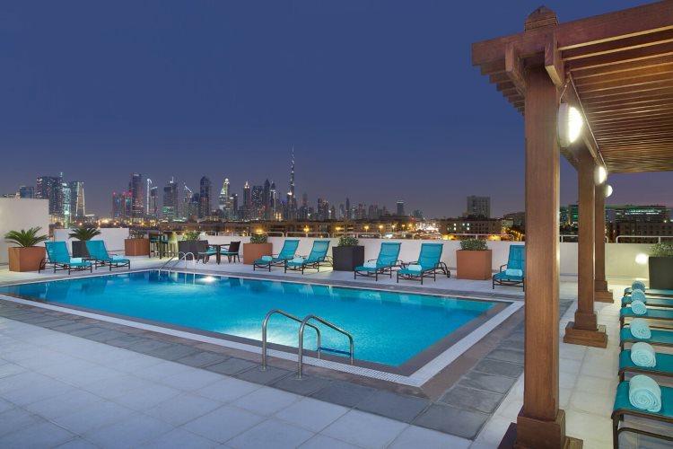 Hilton Garden Inn Al Mina - Piscine
