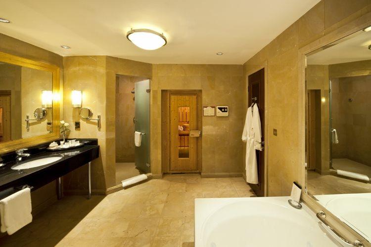 Jood Palace Dubaï - Suite Ambassador - Salle de bains