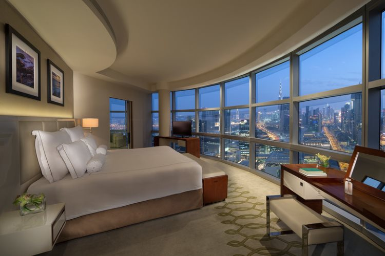 Jumeirah Emirates Towers - Club Suite - Chambre