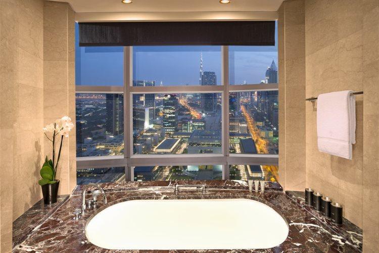 Jumeirah Emirates Towers - Club Suite - Salle de bains