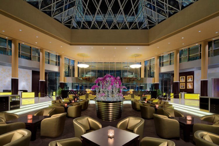 Jumeirah Emirates Towers - Lobby Lounge