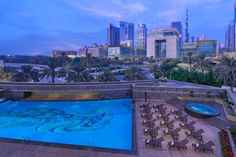 Jumeirah Emirates Towers - Piscine
