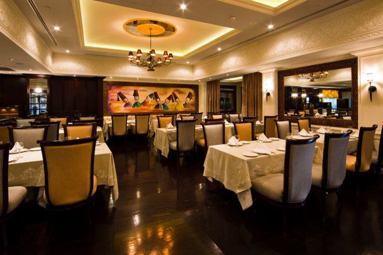 Jumeirah Emirates Towers - Restaurant Al Nafoorah