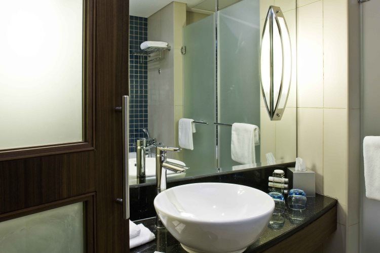 Novotel Deira City Centre - Chambre - Salle de bains