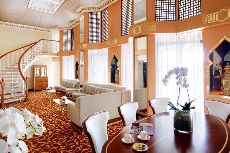 Radisson Blu Deira Creek - Suite Présidentielle - Salon