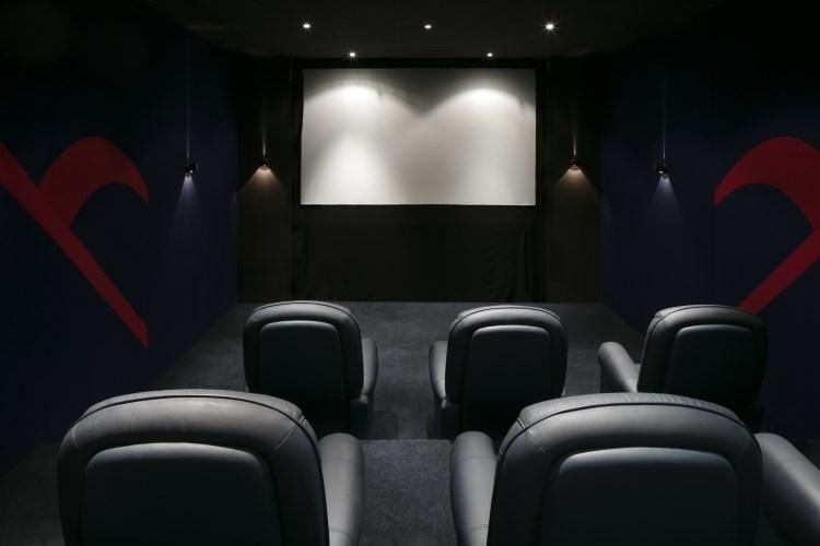 Raffles Dubaï - Salle de cinéma privée