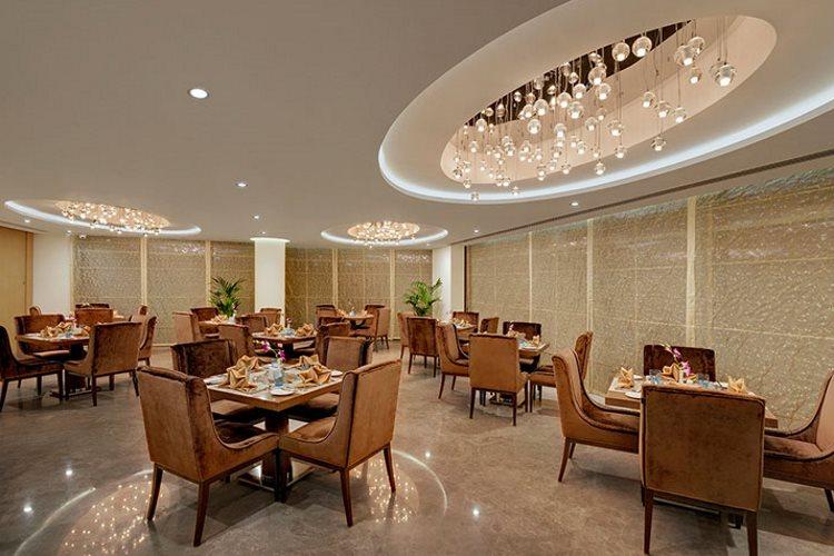 Suba Hotel - Restaurant