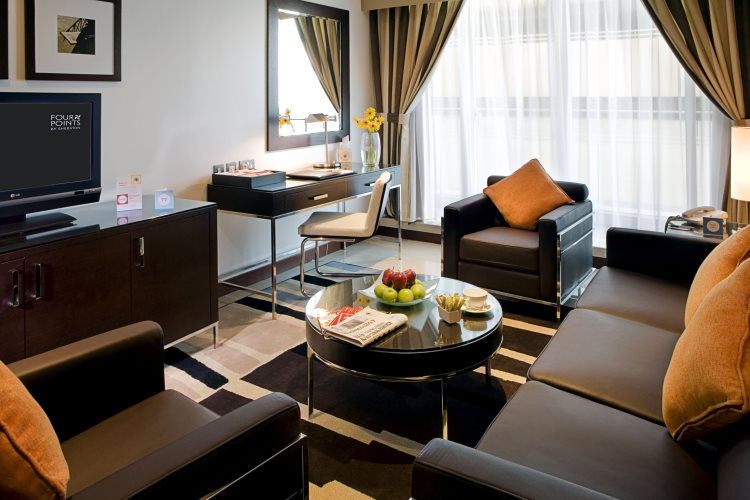 Four Points by Sheraton Sheikh Zayed Road - Suite Business - Salon
