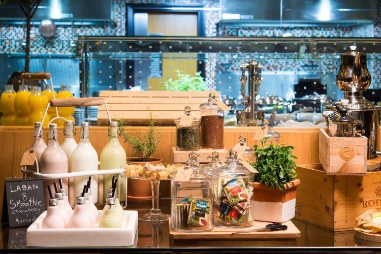 Radisson Blu Dubaï Media City - Petit déjeuner