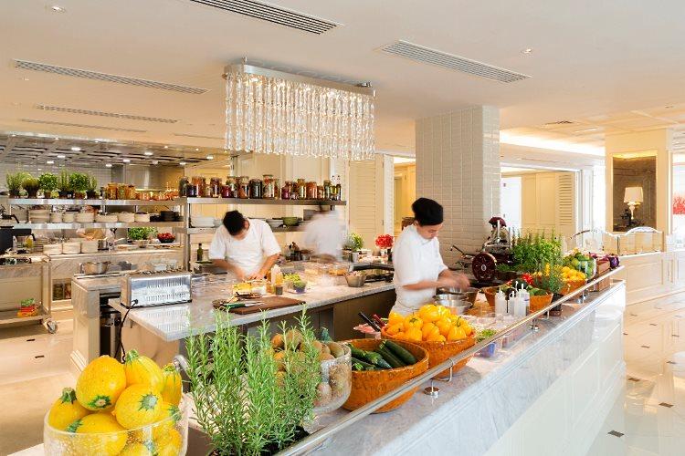 Vida Downtown - Bistro kitchen