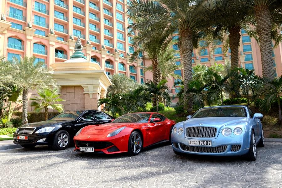 Voiture de location à Dubaï
